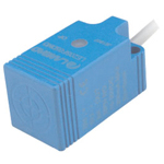 Proximity sensor standard function type, square shape/direct-current 3 wire type.Test distances: 5 mm and 8 mm