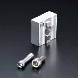 Corner-specific End Connector M8 Series